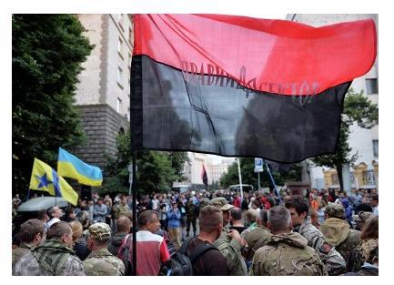 В Киеве правый сектор поддержали бойцы других батальонов